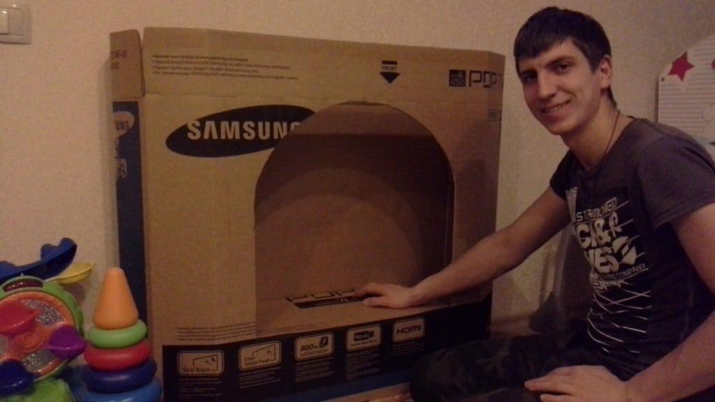 Как сделать новогодний камин из картона и коробок своими руками