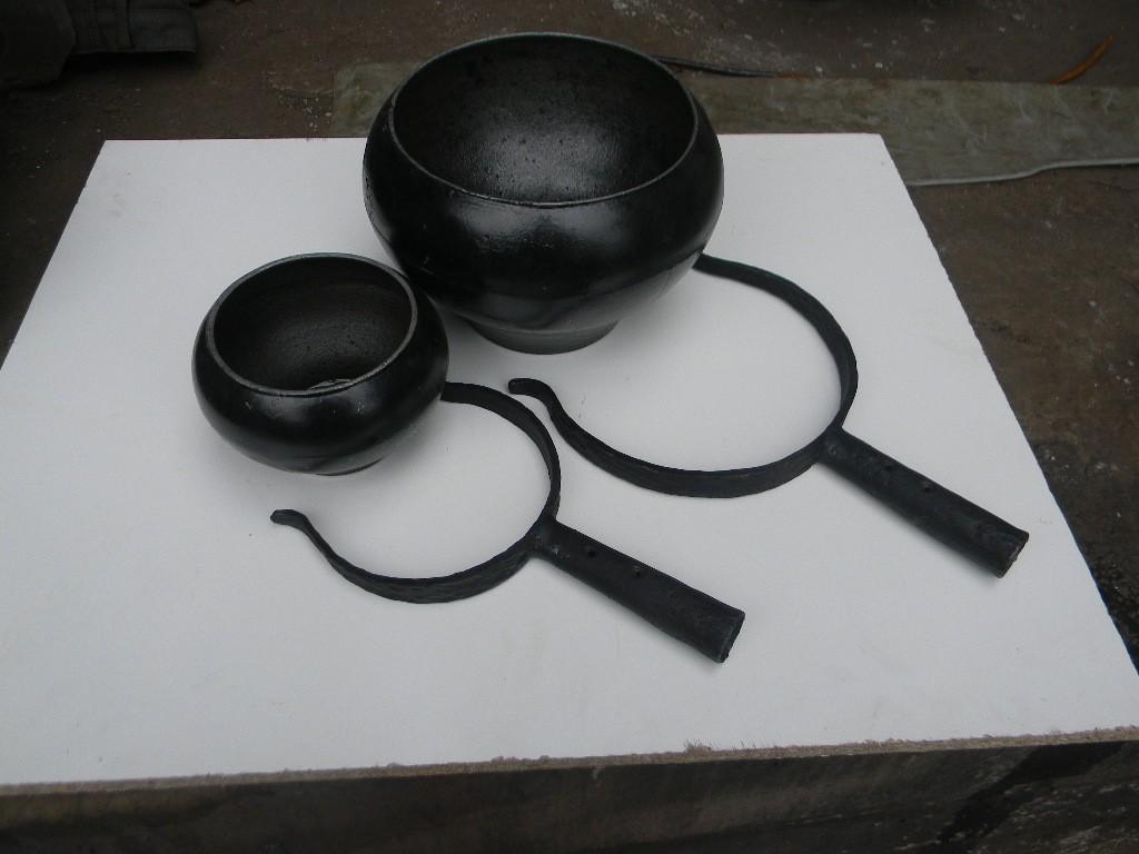 Чугунная посуда для русской печи: особенности использования и уход