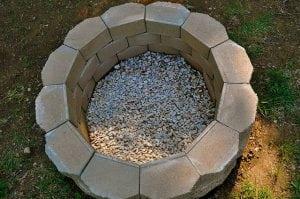 Мангал из камня-брусчатки