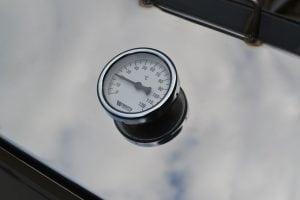 Термометр для коптильни встроенный