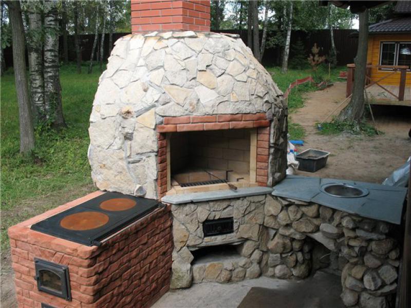 Уличный печь на даче