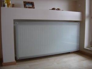 Декоративные экраны для радиаторов стекло