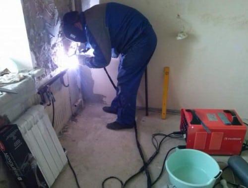 Замена газосваркой радиатор отопления