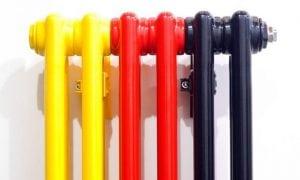 процесс покраски радиаторов отопления