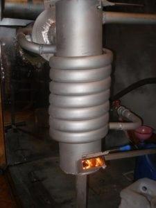 Котёл на отработке с теплообменником и водяным контуром